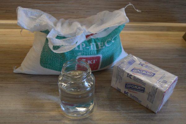 Изготовление самогона из сахара и дрожжей в