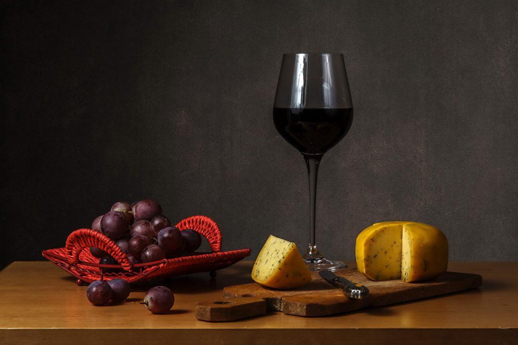 натуральное красное вино