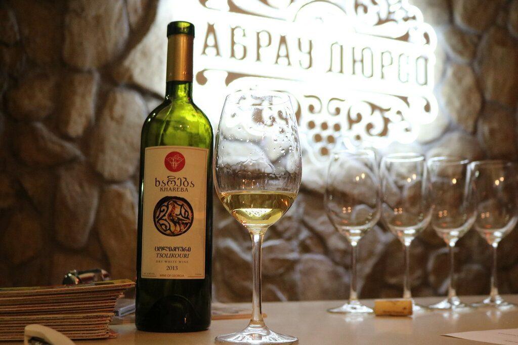Грузия белое вино
